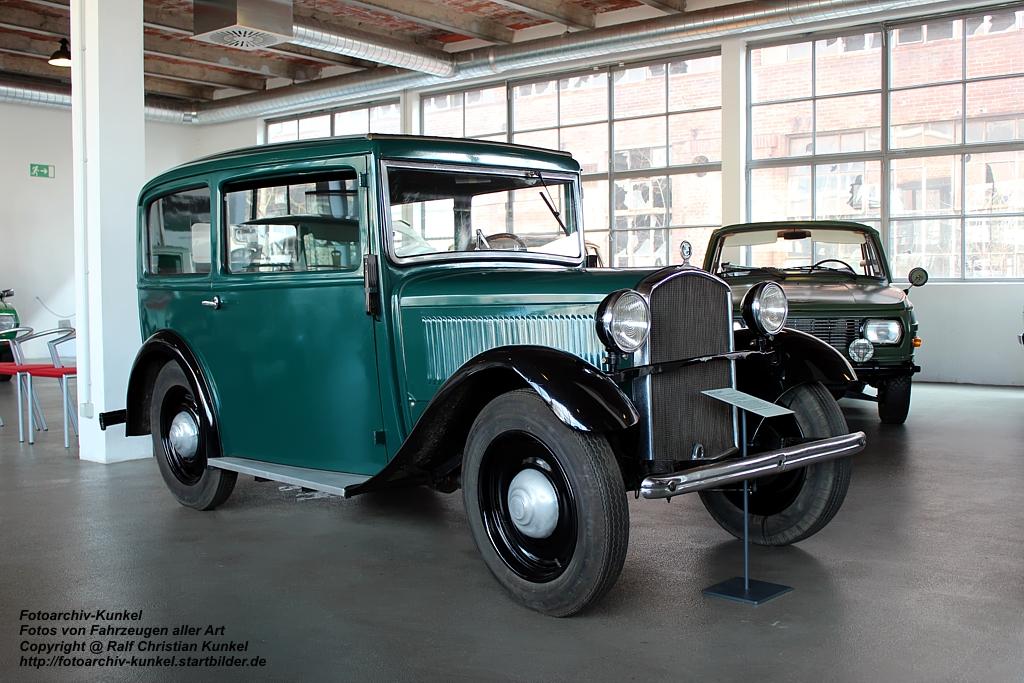 bmw 3 20 ps typ am4 limousine mit sonnendach des baujahres 1933 bauzeit der serie 1932 1934. Black Bedroom Furniture Sets. Home Design Ideas