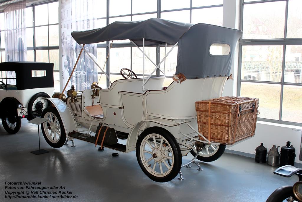 dixi r 8 doppelphaeton mit vier sitzen dieses aus dem jahr 1910 stammende fahrzeug ist der. Black Bedroom Furniture Sets. Home Design Ideas