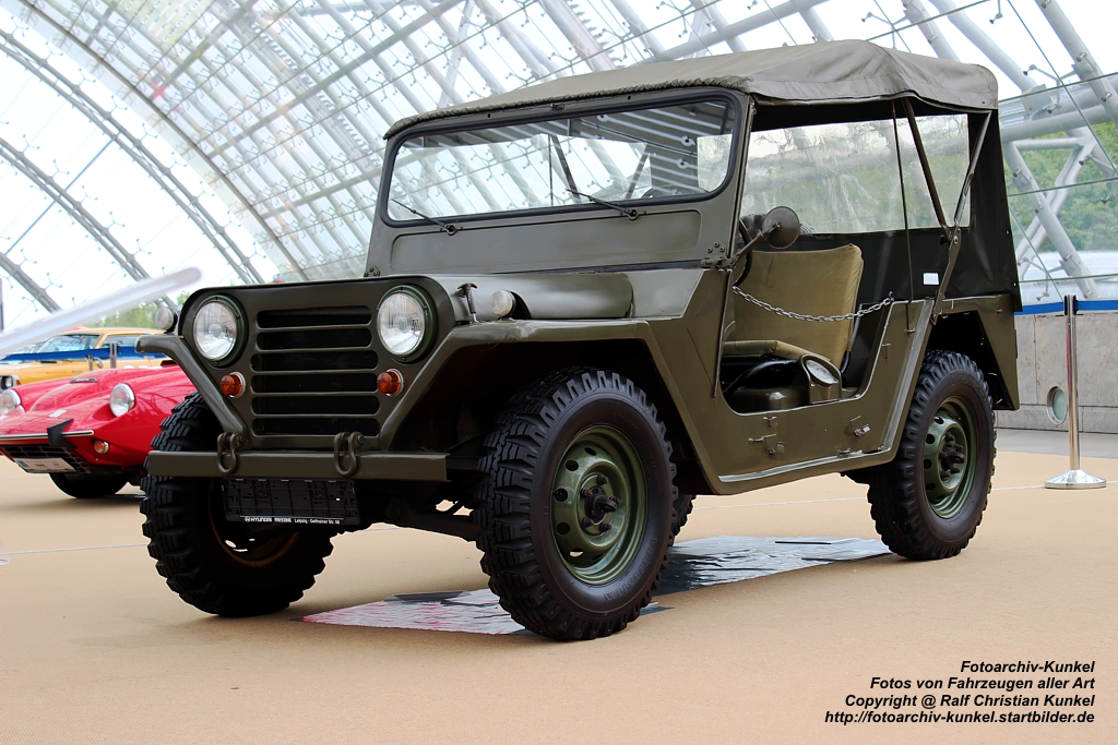 ford m151 mutt mutt military utility tactical truck produziert bei willys overland. Black Bedroom Furniture Sets. Home Design Ideas