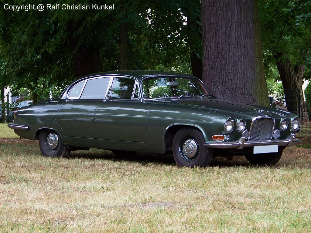 jaguar mk 10 automatic limousine fotografiert am zur ottma in dahme land. Black Bedroom Furniture Sets. Home Design Ideas
