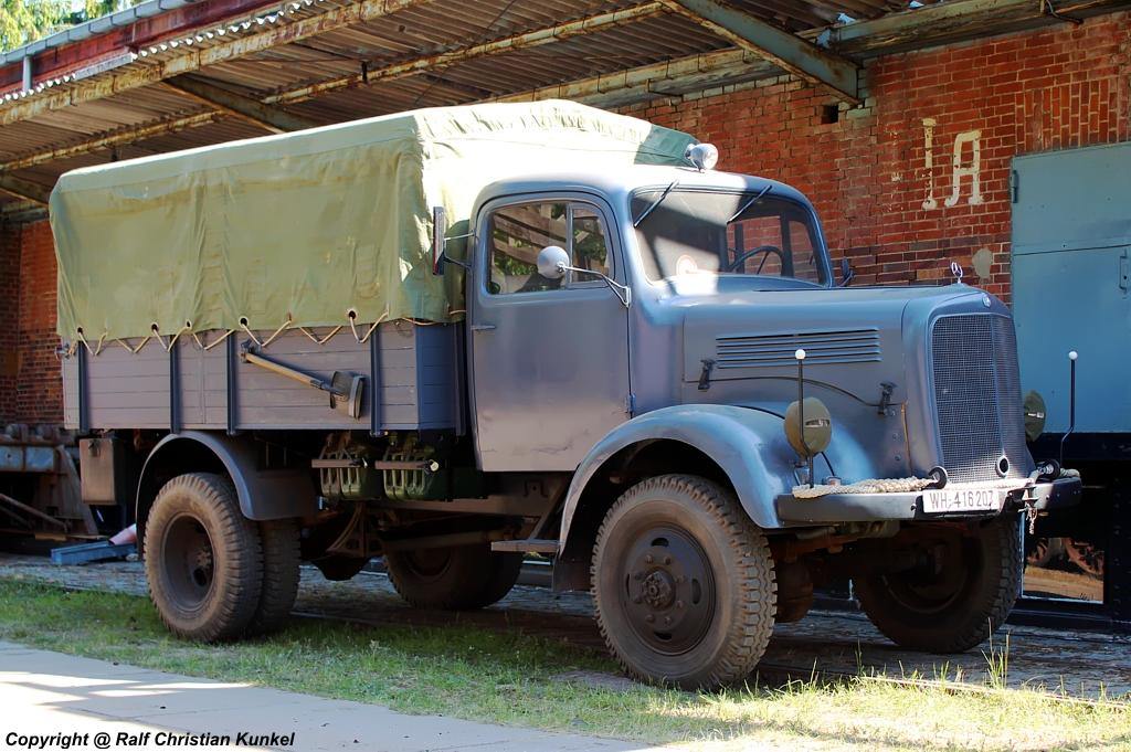 mercedes benz l 3000 a pritschenwagen mit allradantrieb bauzeit 1940 1942 wehrmacht. Black Bedroom Furniture Sets. Home Design Ideas