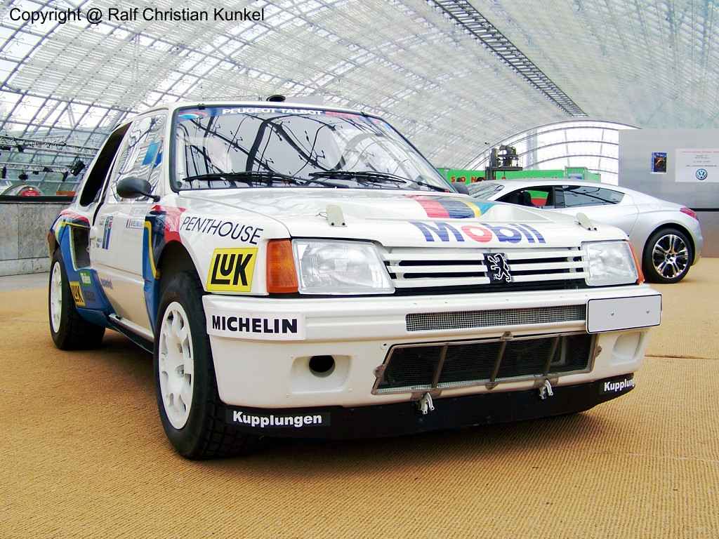 Peugeot 205 Turbo 16 World
