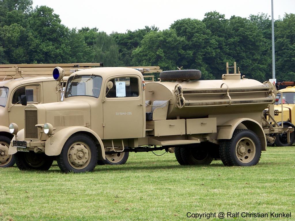 Tankl schfahrzeug tlf 15 43 auf mercedes benz l 3000 s f for Mercedes benz under 3000