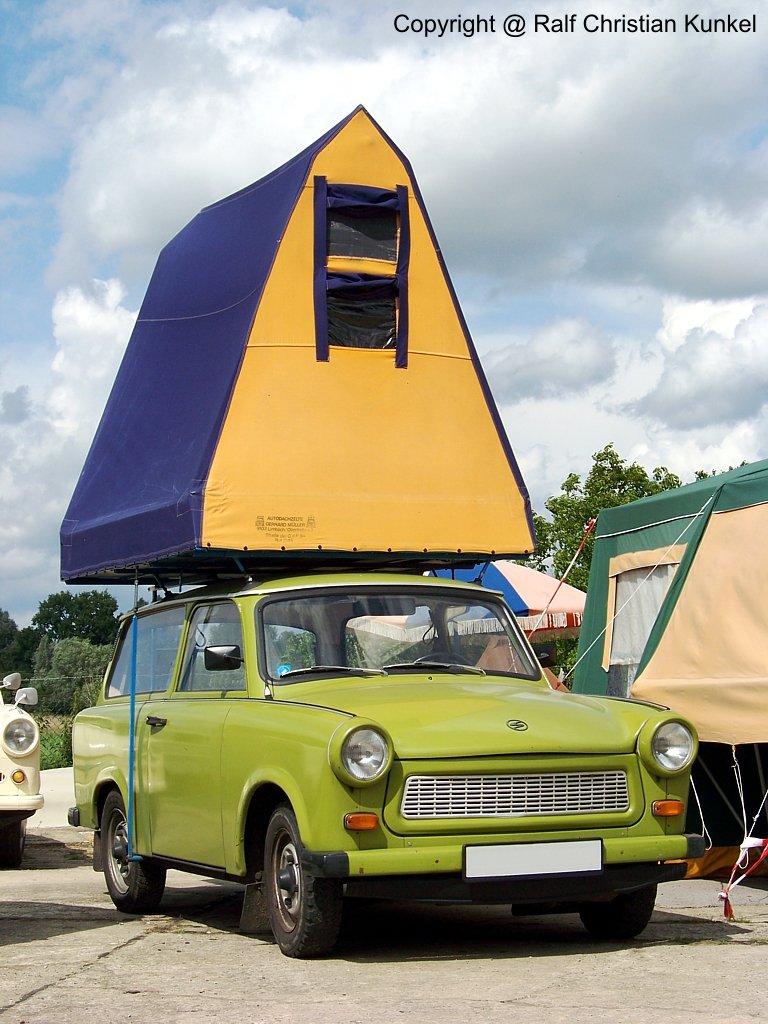 trabant 601 universal mit dachzelt kombi mit 2 t ren und heckklappe hersteller veb ifa. Black Bedroom Furniture Sets. Home Design Ideas