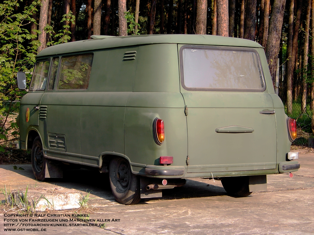 barkas b 1000 km kombi hersteller veb barkas werke. Black Bedroom Furniture Sets. Home Design Ideas
