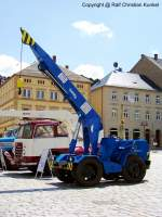veb-hebezeugwerk-sebnitz-ddr/97758/adk-iv16---ein-16-t-autodrehkran-hergestellt ADK IV/1,6 - ein 1,6-t-Autodrehkran hergestellt im VEB Hebezeugwerk Sebnitz (ABUS), DDR - dieser stammt aus dem Nutzfahrzeugmuseum Hartmannsdorf - mehr zu diesem Kran steht in dem Typenkompass-Buch 'DDR-Baumaschinen', erschienen 2009 im Motorbuch Verlag - fotografiert am 29.06.2009 in Sebnitz - Copyright @ Ralf Christian Kunkel