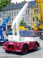 veb-hebezeugwerk-sebnitz-ddr/97759/adk-iii3-puma---ein-3-t-autodrehkran ADK III/3 Puma - ein 3-t-Autodrehkran hergestellt im VEB Hebezeugwerk Sebnitz (ABUS), DDR - dieser stammt aus dem Nutzfahrzeugmuseum Hartmannsdorf - mehr zu diesem Kran steht in dem Typenkompass-Buch 'DDR-Baumaschinen', erschienen 2009 im Motorbuch Verlag - fotografiert am 29.06.2009 in Sebnitz - Copyright @ Ralf Christian Kunkel