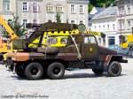 abschleppfahrzeuge/97766/adk-iii3-g5-a---abschleppfahrzeug-der-nationalen ADK III/3-G5-A - Abschleppfahrzeug der Nationalen Volksarmee (NVA) mit einem Aufbau hergestellt im VEB Hebezeugwerk Sebnitz (ABUS), DDR - das allradgetriebene Fahrgestell IFA G 5 stammt aus dem VEB Kraftfahrzeugwerk 'Ernst Grube' Werdau - das Fahrzeug basiert auf dem Grundtyp ADK III/3-G5 - mehr zu diesem Kran/Abschleppfahrzeug steht in dem Typenkompass-Buch 'DDR-Baumaschinen', erschienen 2009 im Motorbuch Verlag - fotografiert am 29.06.2009 in Sebnitz - Copyright @ Ralf Christian Kunkel