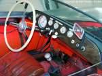 rennwagen-15-liter/89884/cockpit-ansicht-von-einem-emwawe-rennsportwagen-15-liter Cockpit-Ansicht von einem EMW/AWE-Rennsportwagen 1,5 Liter (die neue Rennsport-Generation der DDR Anfang der 1950er Jahre) - Rennsportwagen der Klasse F bis 1.500 cm³ mit Baujahr 1954, Hersteller: VEB Eisenacher Motorenwerk (EMW) bzw. VEB Automobilwerk Eisenach (AWE) - diese 1,5-Liter Rennwagen, die auf der Technik des Sportwagen BMW 328 basierten, zählten 1956 international zu den schnellsten und erfolgreichsten ihrer Klasse - technische Daten: flüssigkeitsgekülter Reihen-6-Zylinder-Viertakt-Ottomotor vorn eingebaut, Hubraum 1.498 cm³,Leistung 99 kW (135 PS) bei 7.000 U/min, Zweischeiben-Trockenkupplung, synchronisiertes Viergang-GetriebeAntrieb auf Selbstsperrdifferantial, L x B x H: 3.950 x 1.550 x 900 mm, Leergewicht 500 kg, Vmax. 235 km/h - fotografiert am 08.05.2008 im Verkehrsmuseum Dresden - Copyright @ Ralf Christian Kunkel